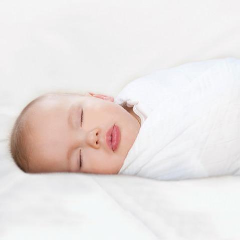 چرا باید نوزادان را قنداق کرد؟