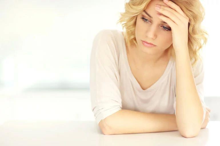 عوارض لوازم آرایشی و بهداشتی- عدم تعادل هورمونها