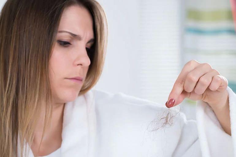 عوارض لوازم آرایشی و بهداشتی-مشکلات مو