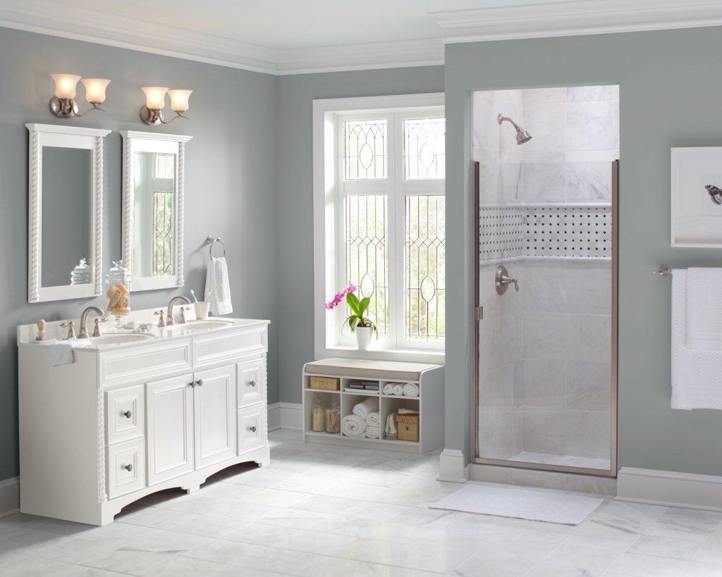 تزئین حوله ها در حمام استفاده ظروف و سبدها