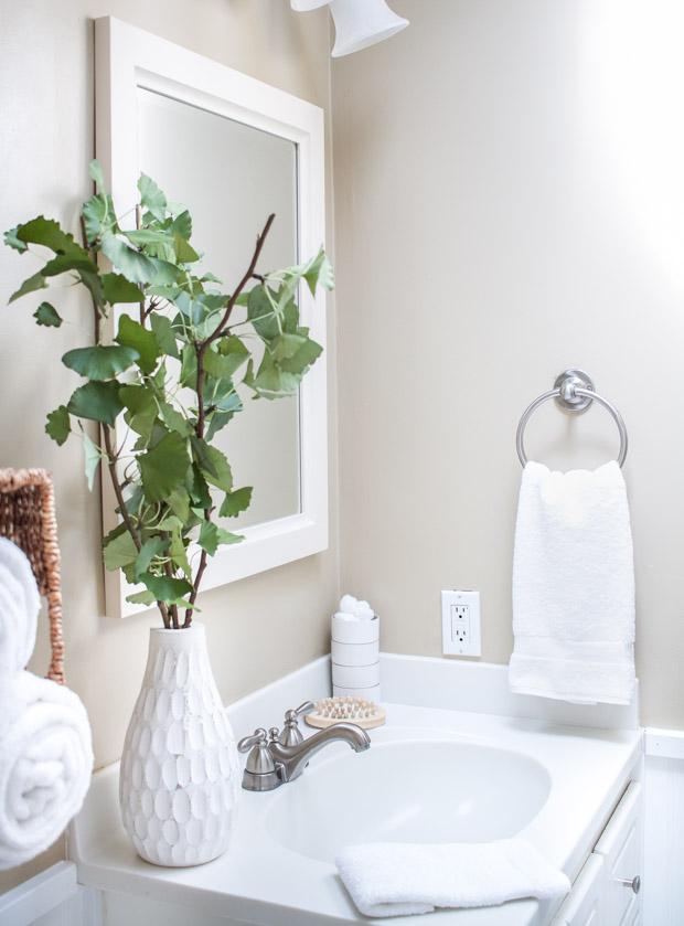 تزئین حوله ها در حمام - تا زدن 5